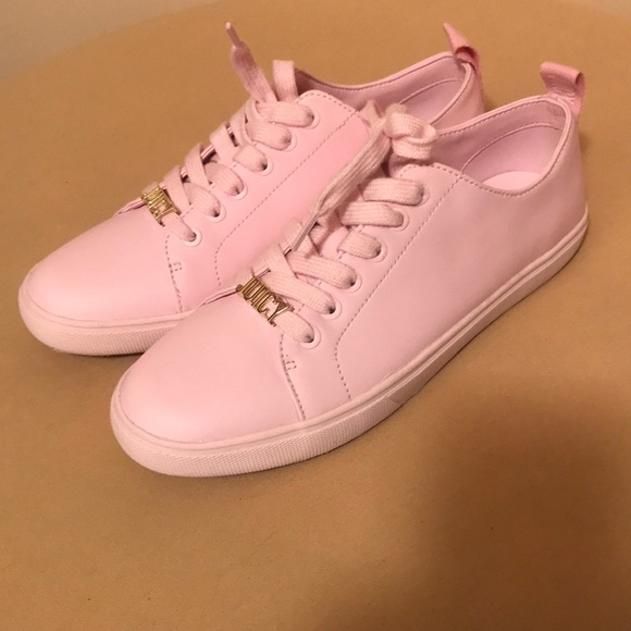 Juicy Couture Womens Pinkgold Sneaker
